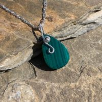 Malachite Necklace | Natural genuine Gemstone jewelry. Buy crystal jewelry, handmade handcrafted artisan jewelry for women.  Unique handmade gift ideas. #jewelry #beadedjewelry #beadedjewelry #gift #shopping #handmadejewelry #fashion #style #product #jewelry #affiliate #ad
