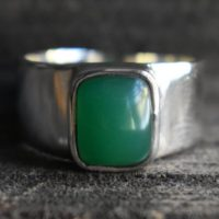 Mens Green Onyx Ring, natural Green Onyx Ring, 925 Silver Ring, unisex Green Onyx Ring, mens Onyx Ring, square Shape Ring, gemstone Ring | Natural genuine Gemstone jewelry. Buy handcrafted artisan men's jewelry, gifts for men.  Unique handmade mens fashion accessories. #jewelry #beadedjewelry #beadedjewelry #shopping #gift #handmadejewelry #jewelry #affiliate #ad