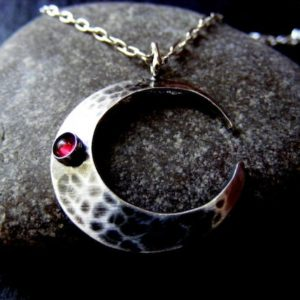 Silver Crescent Moon hammered Pendant necklace with Garnet | Natural genuine Garnet pendants. Buy crystal jewelry, handmade handcrafted artisan jewelry for women.  Unique handmade gift ideas. #jewelry #beadedpendants #beadedjewelry #gift #shopping #handmadejewelry #fashion #style #product #pendants #affiliate #ad