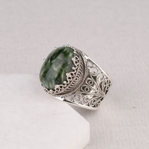 Natural Serpentine Silver Ring, 925 Sterling Silver Genuine Green Serpentine Gemstone Artisan Crafted Ornate Ring Women Jewelry Gift Boxed | Natural genuine Serpentine rings, simple unique handcrafted gemstone rings. #rings #jewelry #shopping #gift #handmade #fashion #style #affiliate #ad