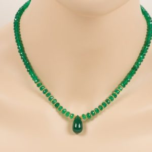 Shop Onyx Necklaces! Green Onyx necklace, Green Natural Gemstone with Gold Accents Necklace, Handmade Gemstone Jewelry | Natural genuine Onyx necklaces. Buy crystal jewelry, handmade handcrafted artisan jewelry for women.  Unique handmade gift ideas. #jewelry #beadednecklaces #beadedjewelry #gift #shopping #handmadejewelry #fashion #style #product #necklaces #affiliate #ad