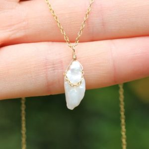Shop Pearl Necklaces! Simple pearl necklace – freshwater pearl jewelry – bridal jewelry – ivory pearl – 14k gold vermeil chain – june birthstone | Natural genuine Pearl necklaces. Buy handcrafted artisan wedding jewelry.  Unique handmade bridal jewelry gift ideas. #jewelry #beadednecklaces #gift #crystaljewelry #shopping #handmadejewelry #wedding #bridal #necklaces #affiliate #ad