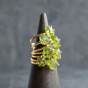 Raw Peridot Ring, Handmade Jewelry Rings for Women in Gold & Silver, Raw Crystal Ring, Green Raw Stone Ring | Natural genuine Gemstone rings, simple unique handcrafted gemstone rings. #rings #jewelry #shopping #gift #handmade #fashion #style #affiliate #ad