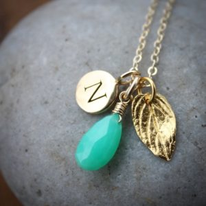 Shop Chrysoprase Jewelry! Gold Green Chrysoprase Necklace Initial Charm Necklace, Personalize Mint Green Stone Pendant, Gold Mint Leaf Charm Necklace | Natural genuine Chrysoprase jewelry. Buy crystal jewelry, handmade handcrafted artisan jewelry for women.  Unique handmade gift ideas. #jewelry #beadedjewelry #beadedjewelry #gift #shopping #handmadejewelry #fashion #style #product #jewelry #affiliate #ad