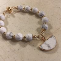 White And Gray Bracelet – Howlite Jewelry – Gemstone Jewellery – Gold – Beaded – Charm   Natural genuine Gemstone jewelry. Buy crystal jewelry, handmade handcrafted artisan jewelry for women.  Unique handmade gift ideas. #jewelry #beadedjewelry #beadedjewelry #gift #shopping #handmadejewelry #fashion #style #product #jewelry #affiliate #ad