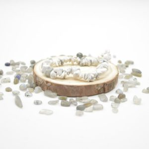 """Shop Howlite Chip & Nugget Beads! Natural White Howlite Semi-precious Gemstone Chip / Nugget Beads Sample Strand / Bracelet – 5mm – 8mm, Approx 7.5"""" 