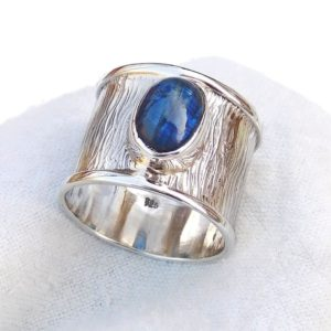 Shop Kyanite Jewelry! Texture silver Band Ring, Kyanite Ring, Natural Blue kyanite Ring, Handmade 925 Sterling silver Ring, Blue stone Ring, Unique Ring-U127 | Natural genuine Kyanite jewelry. Buy crystal jewelry, handmade handcrafted artisan jewelry for women.  Unique handmade gift ideas. #jewelry #beadedjewelry #beadedjewelry #gift #shopping #handmadejewelry #fashion #style #product #jewelry #affiliate #ad