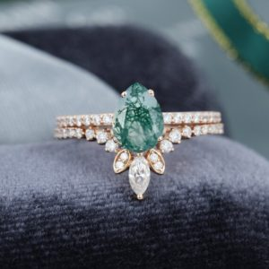 Pear shaped Moss Agate engagement ring rose gold vintage Moissanite /Diamond ring stacking matching Bridal ring Anniversary gift for her | Natural genuine Gemstone rings, simple unique alternative gemstone engagement rings. #rings #jewelry #bridal #wedding #jewelryaccessories #engagementrings #weddingideas #affiliate #ad