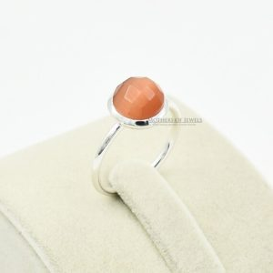 Shop Quartz Crystal Rings! Healing Stone, Natural Orange Monalisa Quartz Gemstone Ring, Bezel Ring, Round Sterling Silver Ring, Fashion Ring, Statement Rings For Women   Natural genuine Quartz rings, simple unique handcrafted gemstone rings. #rings #jewelry #shopping #gift #handmade #fashion #style #affiliate #ad