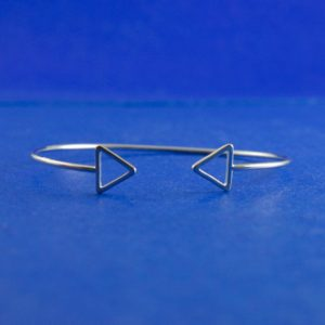 Shop Charm Bracelet Blanks! 1 Piece -silver Triangle Bracelet, Silver Arrow Bracelet, Charm Bracelet Blank, Charm Bracelet, Stacking Bracelet, 16cm (6-1 / 4″) Long-b78307   Shop jewelry making and beading supplies, tools & findings for DIY jewelry making and crafts. #jewelrymaking #diyjewelry #jewelrycrafts #jewelrysupplies #beading #affiliate #ad