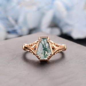 Antique Coffin Cut Moss Agate Wedding Ring, Rose Gold Coffin Shape Natural Moss Agate Ring, Green Agate Engagement Ring, Event Gift For Her   Natural genuine Gemstone rings, simple unique alternative gemstone engagement rings. #rings #jewelry #bridal #wedding #jewelryaccessories #engagementrings #weddingideas #affiliate #ad