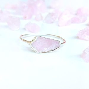 Raw Kunzite Ring For Women, Raw Stone Sterling Silver Ring, Pink Crystal Ring, Engagement Ring, Raw Stone Promise Ring, Silver Boho Ring | Natural genuine Gemstone rings, simple unique alternative gemstone engagement rings. #rings #jewelry #bridal #wedding #jewelryaccessories #engagementrings #weddingideas #affiliate #ad