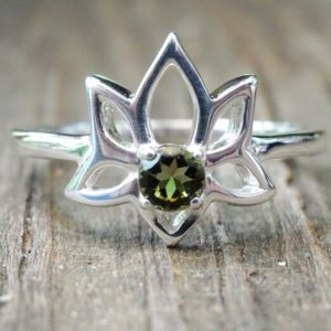 Shop Moldavite Rings! 925 – Lotus Czech Rep Moldavite Rings, Sterling Silver, Natural, Genuine Green Faceted Moldavite Ring, Meteorite, Silver Lotus Dainty Ring   Natural genuine Moldavite rings, simple unique handcrafted gemstone rings. #rings #jewelry #shopping #gift #handmade #fashion #style #affiliate #ad