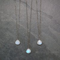 Moonstone Necklace / Moonstone Jewelry / Moonstone / Gunmetal Moonstone / Moonstone Pendant | Natural genuine Gemstone jewelry. Buy crystal jewelry, handmade handcrafted artisan jewelry for women.  Unique handmade gift ideas. #jewelry #beadedjewelry #beadedjewelry #gift #shopping #handmadejewelry #fashion #style #product #jewelry #affiliate #ad