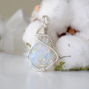 Shop Opal Necklaces! Genuine Opal Necklace, Raw Opal Necklace, 14th Anniversary, Anniversary Gift For Wife | Natural genuine Opal necklaces. Buy crystal jewelry, handmade handcrafted artisan jewelry for women.  Unique handmade gift ideas. #jewelry #beadednecklaces #beadedjewelry #gift #shopping #handmadejewelry #fashion #style #product #necklaces #affiliate #ad
