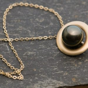 Black Pearl Necklace In 18k Gold – Tahitian Black Pearl Pendant | Natural genuine Pearl pendants. Buy crystal jewelry, handmade handcrafted artisan jewelry for women.  Unique handmade gift ideas. #jewelry #beadedpendants #beadedjewelry #gift #shopping #handmadejewelry #fashion #style #product #pendants #affiliate #ad