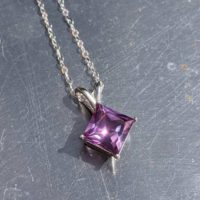Real Color Changing Alexandrite Pendant Silver Or Solid Gold 8mm Princess Cut 3ct Alexandrite Necklace Womens Birthday Gift Free Shipping | Natural genuine Gemstone jewelry. Buy crystal jewelry, handmade handcrafted artisan jewelry for women.  Unique handmade gift ideas. #jewelry #beadedjewelry #beadedjewelry #gift #shopping #handmadejewelry #fashion #style #product #jewelry #affiliate #ad