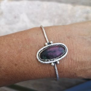 Shop Ruby Zoisite Bracelets! Ruby zoisite cuff, silver bracelet, handmade jewellery   Natural genuine Ruby Zoisite bracelets. Buy crystal jewelry, handmade handcrafted artisan jewelry for women.  Unique handmade gift ideas. #jewelry #beadedbracelets #beadedjewelry #gift #shopping #handmadejewelry #fashion #style #product #bracelets #affiliate #ad