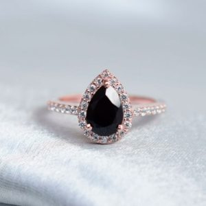 Vintage Pear Shaped Black Onyx Engagement Ring, Halo Unique Black Ring, Black Onyx Jewelry, Wedding Bridal Promise Ring, Teardrop Ring   Natural genuine Array rings, simple unique alternative gemstone engagement rings. #rings #jewelry #bridal #wedding #jewelryaccessories #engagementrings #weddingideas #affiliate #ad