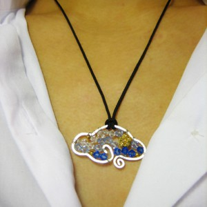 Cloud Of Fortune Crystal Pendant Necklace Jewelry Idea