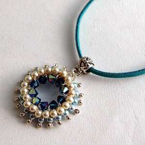 Pearly Blue Mandala Pendant Project