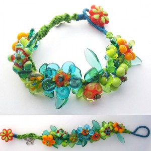 Spring Flowers Knotted Lampwork Bracelet Jewelry Idea