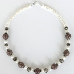 Handmade Brown Swirl Beads And Pearls Necklace Project Idea