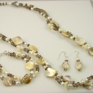 Sincerity Necklace and Bracelet Set Project Idea