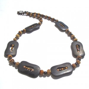 Horn, Wood & Glass Bead Necklace Project Idea