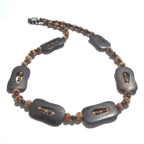 Horn, Wood & Glass Bead Necklace Project
