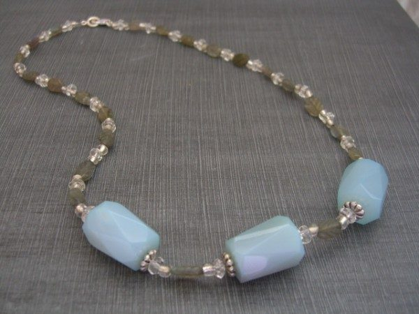 Blue Agate And Labradorite Necklace Project