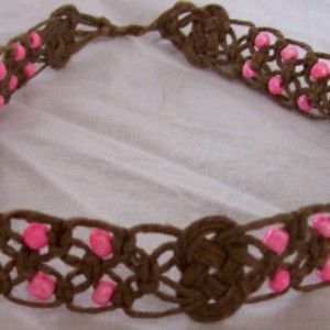 Hemp Necklace With Pink Crow Beads Project Idea