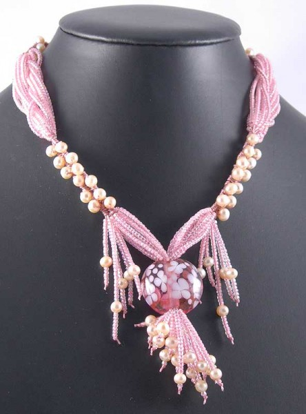 Peach Perfect Necklace Project