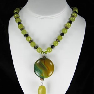Olive Jade And Queensland Agate Necklace Project Idea