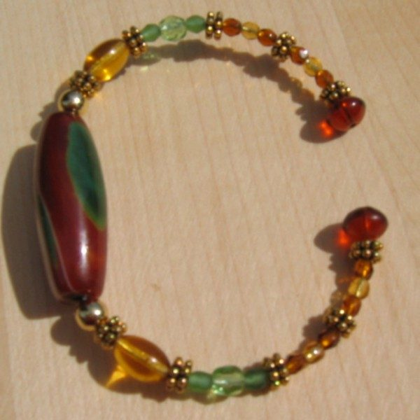 Green Stone Memory Wire Bracelet Project