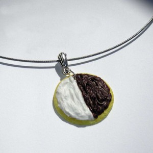 New York Black & White Cookie Necklace Jewelry Idea