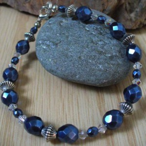 Blue Pearl Bracelet Jewelry Idea