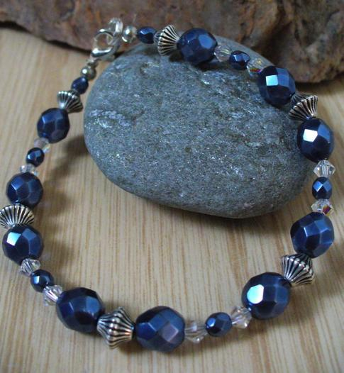 Blue Pearl Bracelet Project