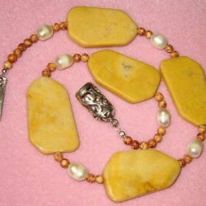 Autumn Jade Necklace Project Idea
