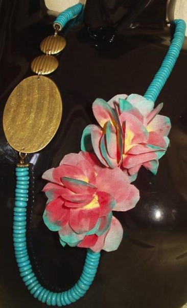 Fabric Flower Necklace Project