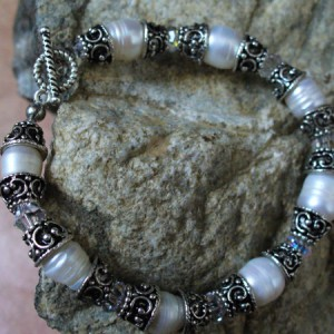 Potato Pearl Bracelet Jewelry Idea