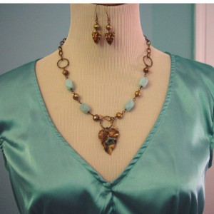 Vintage Garden Necklace Jewelry Idea