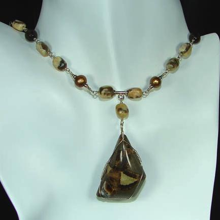 Graphic Feldspar And Smokey Quartz Necklace Project
