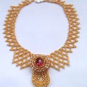 The Golden Empress Necklace Jewelry Idea