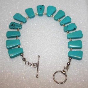 Sky's The Limit Bold Turquoise Bracelet Project