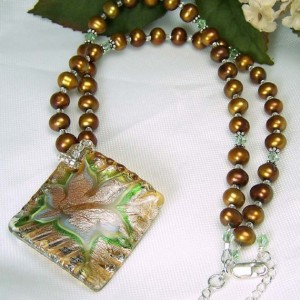 Antiqued Copper Pearl Necklace Jewelry Idea