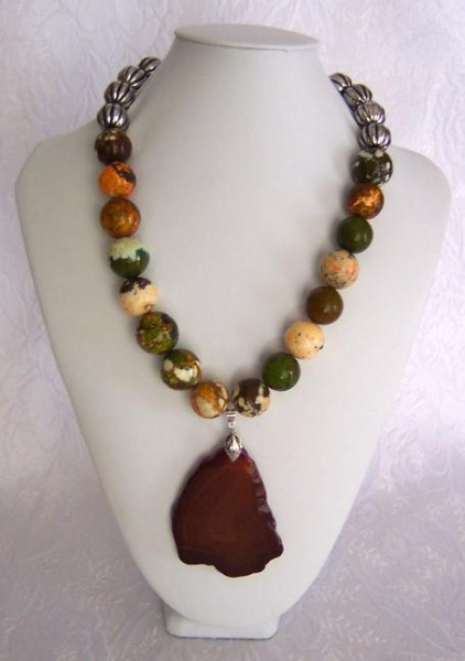 Red Agate Pendant Necklace Project
