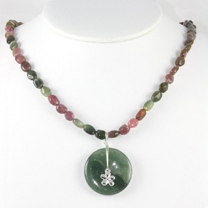 Moss Agate Circle Gemstone Beaded Necklace Jewelry Idea