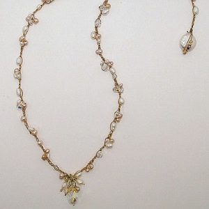 Pearl Clusters Crocheted Neckace Jewelry Idea