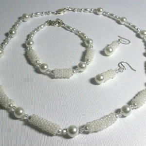 Glass Pearl Bridal Jewelry Set Project Idea